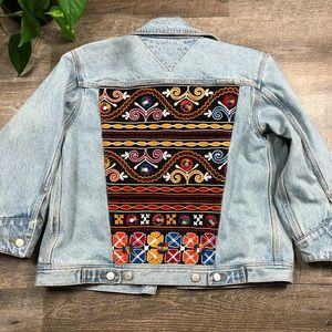 VTG Tommy Hilfiger Embroidered Panel Denim Jacket